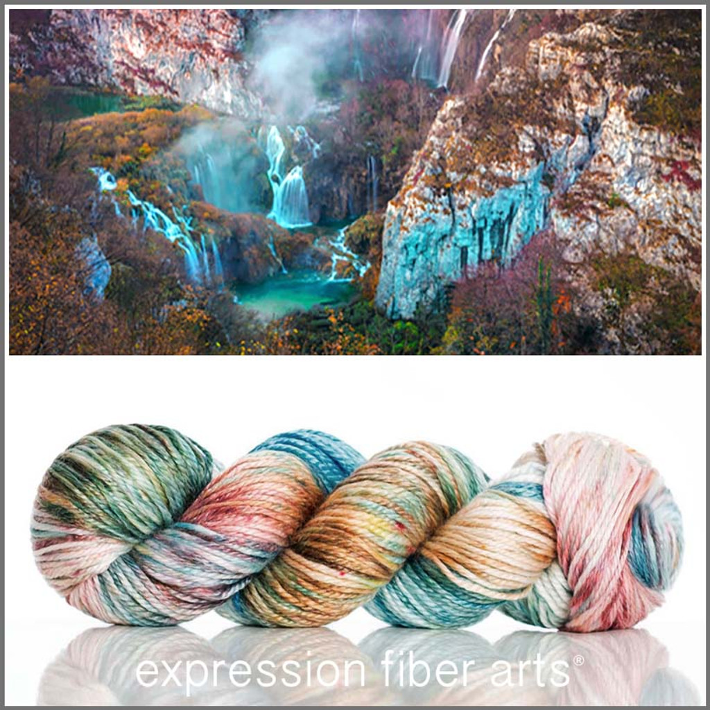 CAVERN 'LUSTER' SUPERWASH MERINO TENCEL WORSTED