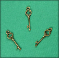 Key of Clubs (Small) Charm - Antique Brass