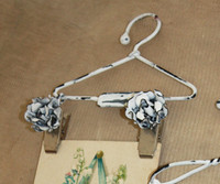 """Flower Clip Hanger 4"""""""