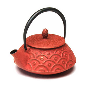 Rikyu Wave Cast Iron Teapot - Red
