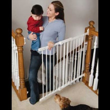 Deluxe Kidco Angle-Mount Metal Safeway Baby Gate