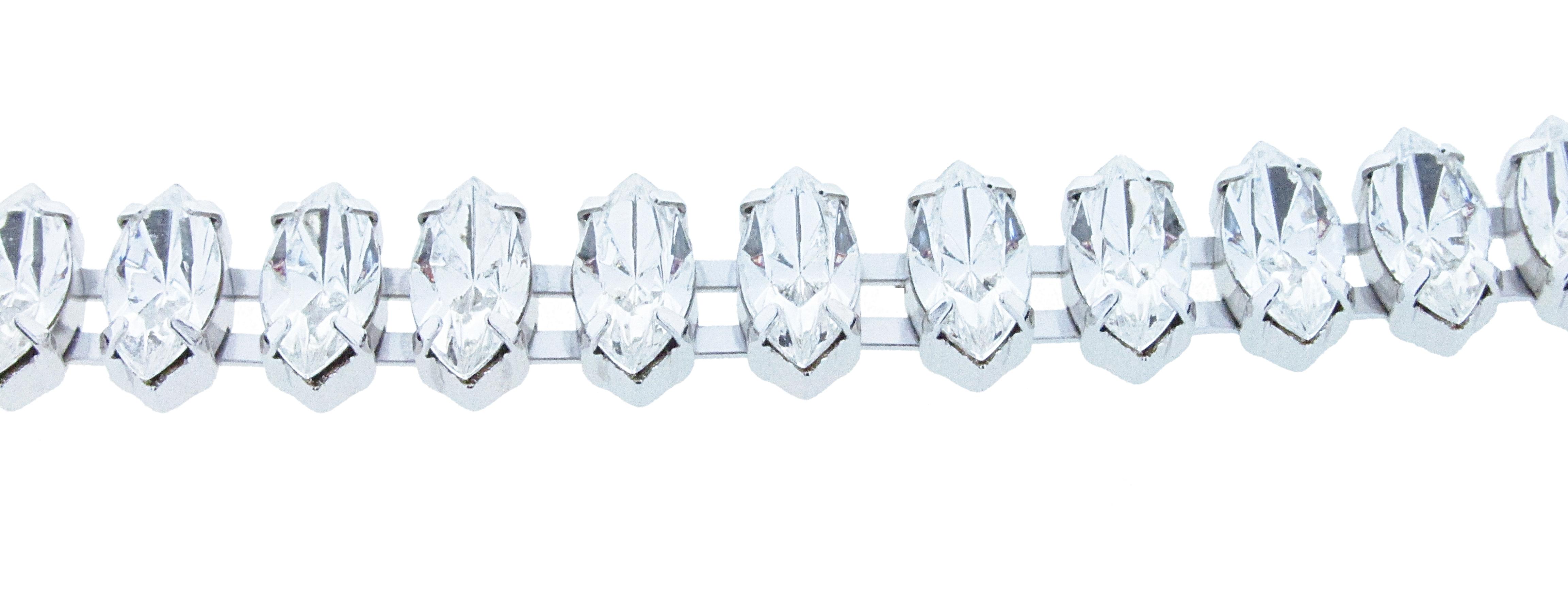 navbrac-double-crystal.jpg