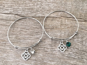 Celtic Knot Charm With One 8.5mm (39ss) Empty Setting Expandable Bracelet | One Piece