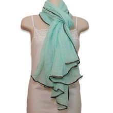 Scarf w. Silver Edging in Mint