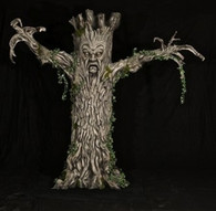 EVIL TREE ANIMATRONIC