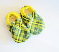 Pioneer Plaid Bison Booties 12-18 months