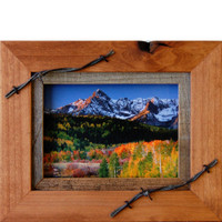 Western Frames-5x7 Wood Frame with Barbed Wire - Sagebrush Series
