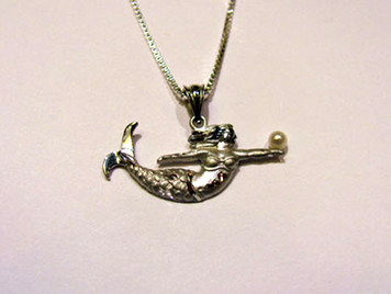 Sterling Mermaid small pendant with pearl