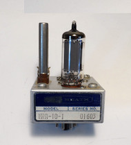 Heathkit HRA-10-1, 100 KC Crystal Calibrator in Excellent Condition