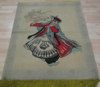 Chinese Hand Knotted Tapestry 137 x99 cm