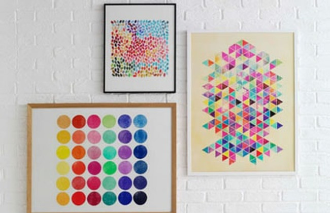 Create a beautiful gallery wall in 5 simple steps