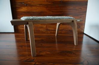 Minimalist Oak wood bench Upholstered with curly silver Scandinavian Gotland sheepskin - B0516O3