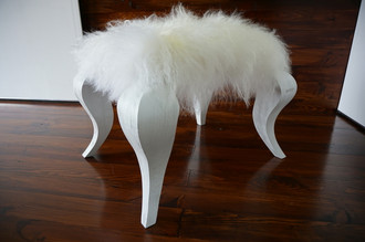 Ottoman style stool on white Oak wood legs - Upholstered with Icelandic cream white mix sheepskin - Design Furniture by MILABERT