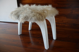 Minimalist white Oak wood stool Upholstered with curly cream white Norwegian Pelssau sheepskin - S051606