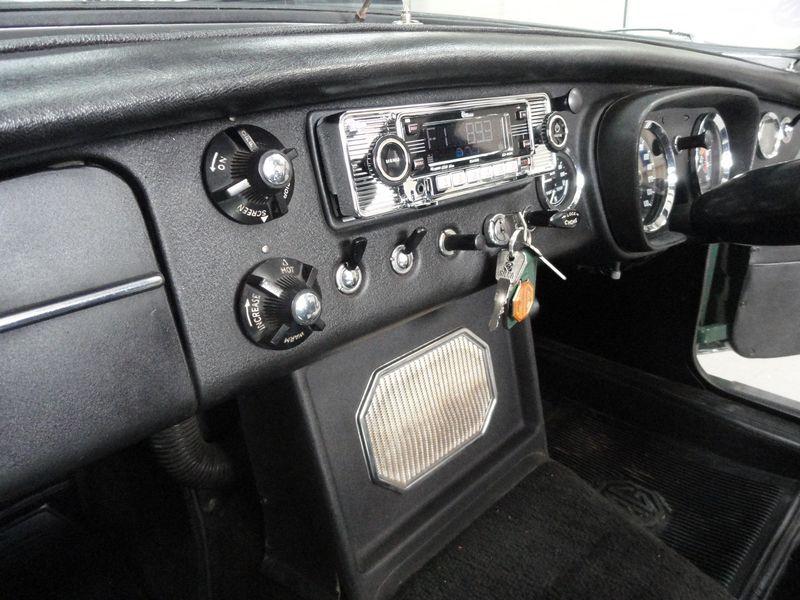 Classic Car Radio Repairs - Vintage Car Radio
