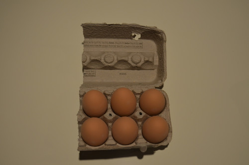 6 -  Ceramic Nest Eggs in Grade A Large 1/2 Carton