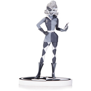"""Harley Quinn by Paul Dini, 2nd Ed. [Batman: The Animated Series]: ~7"""" DC Collectibles Batman Black & White Statue Figurine"""