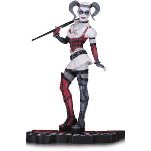 "Harley Quinn [Arkham Asylum]: ~6.75"" DC Collectibles Harley Quinn Red, White & Black Statue Figurine"