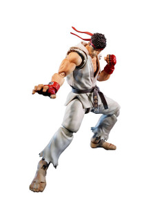 "Ryu: ~5.9"" Street Fighter V x Tamashii Nations S.H. Figuarts Action Figure"