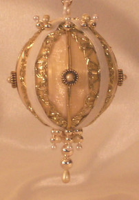 "Handmade Christmas Ornaments ""Elena"" (white and Gold)"