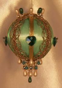 """Swarovski Crystal Birthstone Orna Mentz - """"May - Emerald"""""""