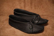 Women's Hides in Hands Black Ballet Moccasin