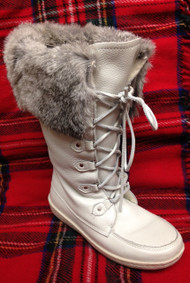 Women's Barbo White Mukluk with Rabbit Fur