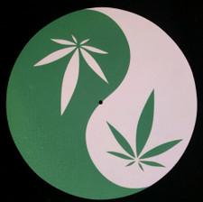 Yin Yang - Pot Leaf - Single Slipmat