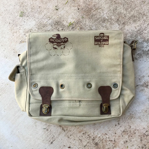 Monster Scouts Deluxe Satchel