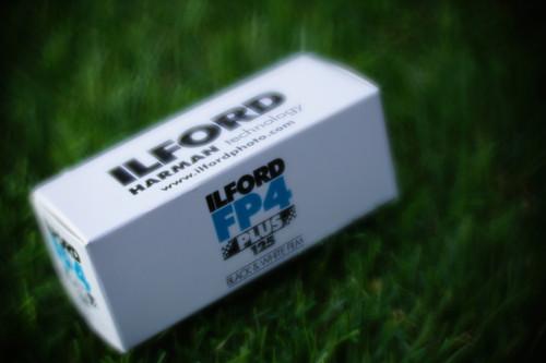 Ilford FP4 Plus 125 120 black/white film