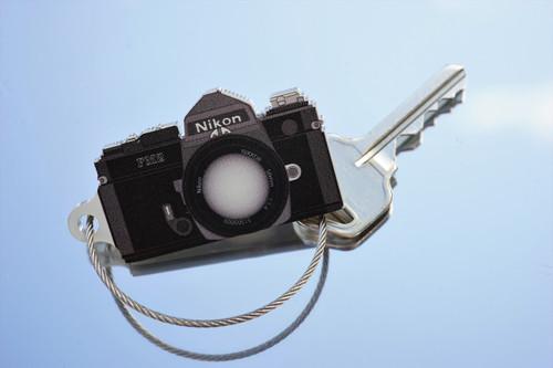 TIMFC Nikon FM2 (black) camera keyring