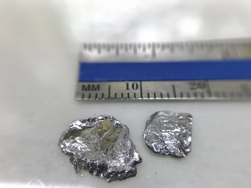 1 cm sized BiTe crystals