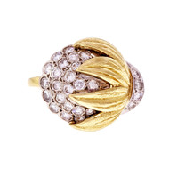 E Pearl 18k White Gold Diamond Flower Ring