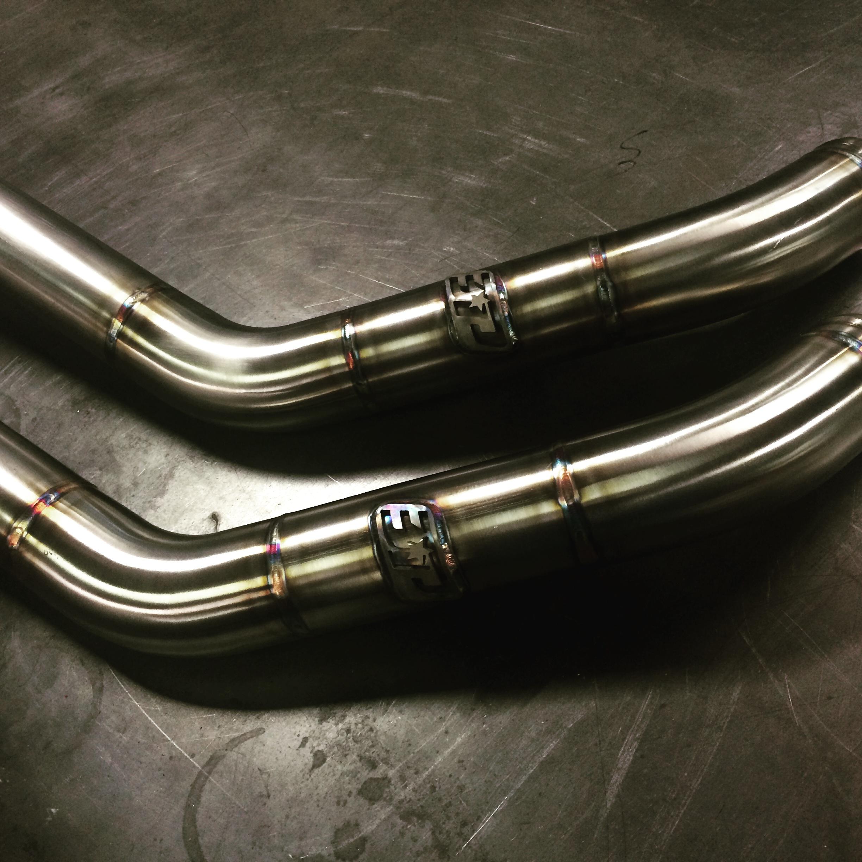 One piece Evo X upper intercooler pipe