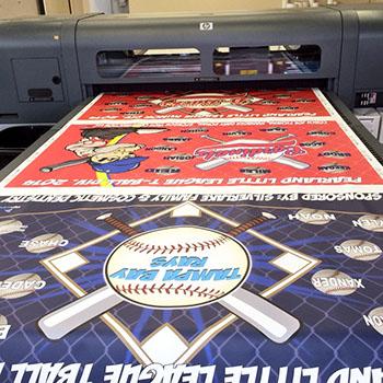 custom-vinyl-baseball-banners.jpg
