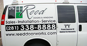 vinyl-lettering-reed-windows-webster-texas.jpg