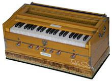 MAHARAJA Harmonium No. 5200n, 7-Stop, Natural Color, Bag & Book - (BR-ABF)