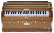 MAHARAJA Harmonium No. 5400n, 9-Stop, Natural Color, Coupler, Bag & Book - (BR-ABG)