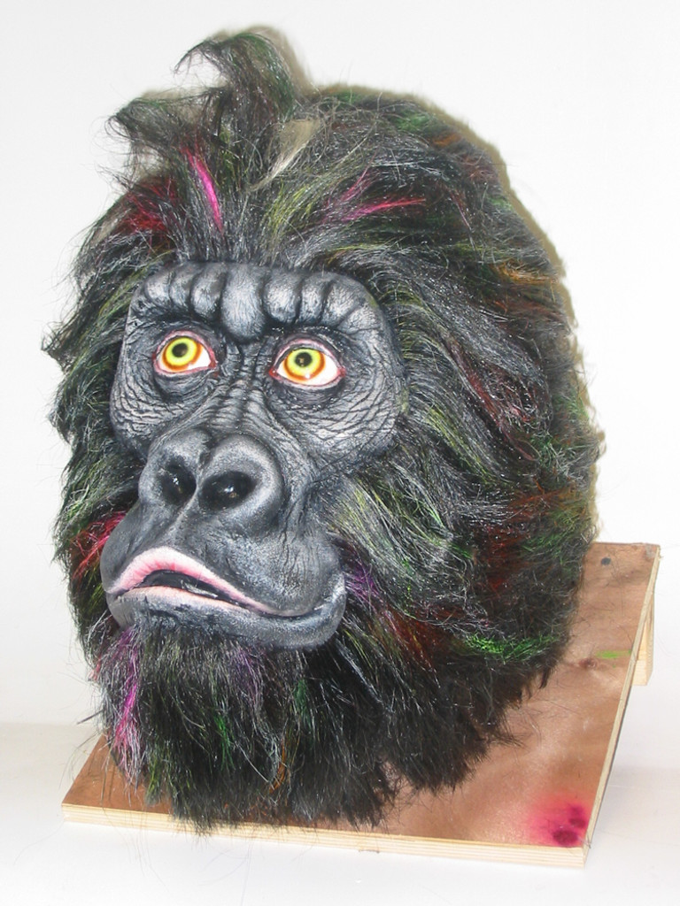 Example of another paint job, to this gorilla head that comes out of this mold (without the hair work).