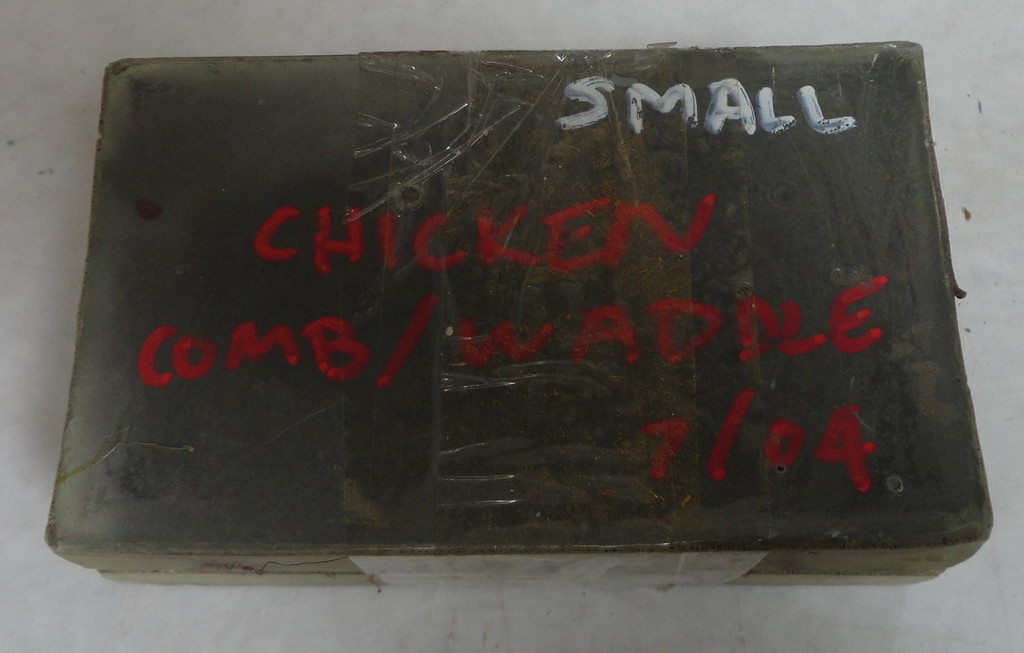 Chicken Comb Waddles Mold Small