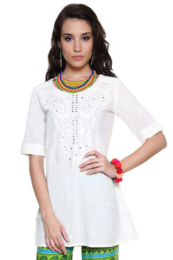 Global Desi Womens Boho Floral Embroidered Tunic - Front