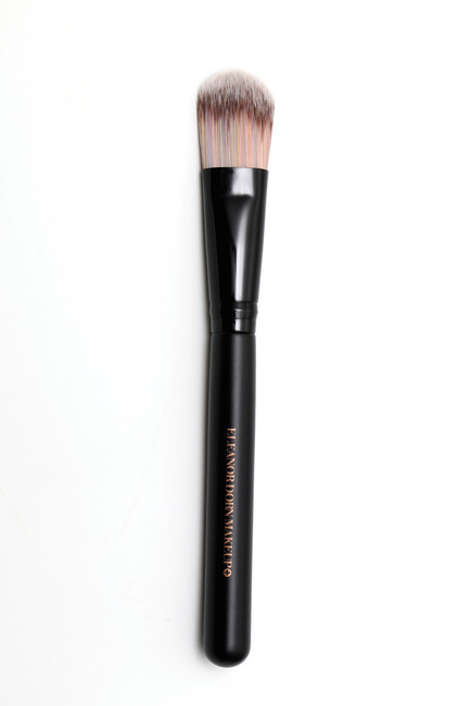 #4 Flat Foundation brush