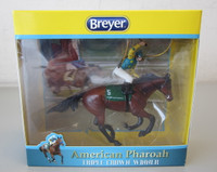 Breyer AMERICAN PHAROAH Triple Crown Winner Model #9179 Ornament OB