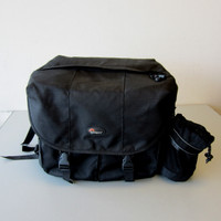 LowePro Stealth Reporter 650 AW Camera Bag w/Shoulder Strap Black