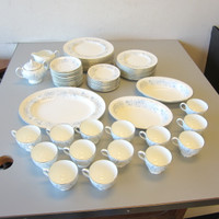 Wedgwood BELLE FLEUR China Blue White Floral 12 Settings +Serving Bowls Platter
