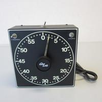 Gralab Model 300 Electric Darkroom Timer w/Luminescent Dial
