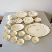 55 Pcs Lenox China WESTFIELD 8 Place Settings +Teapot Sugar Creamer Platter Bowl