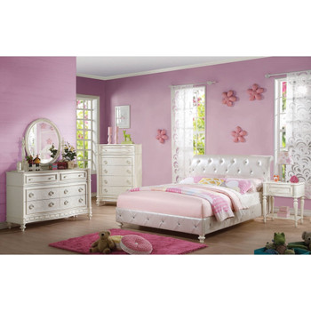 Dorothy Pearl White Leathertte Bed