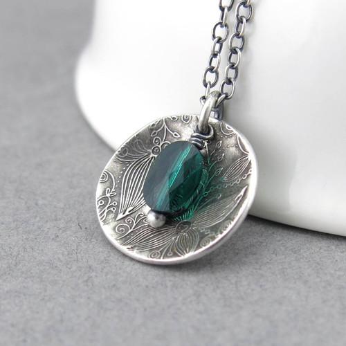 Contrast Necklace Emerald