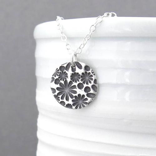 Bouquet of Daisies Necklace - Unique Petite